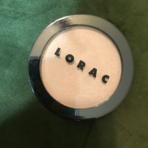 Lorac Highlight in Starlight